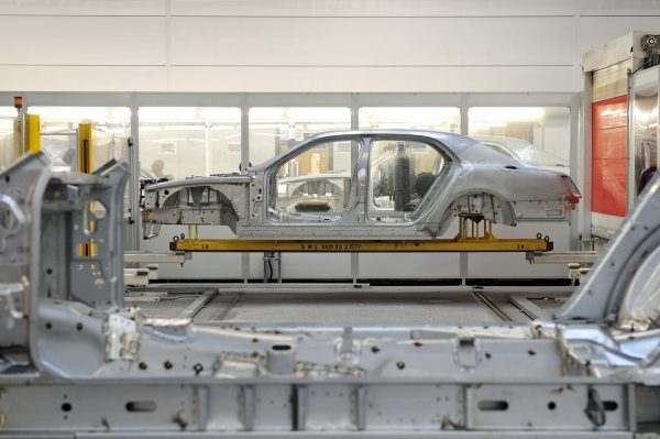 Production of the Bentley Mulsanne[1]